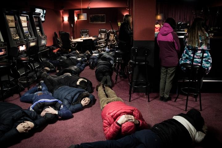 33 игровых автомата изъяли изнелегального салона вИркутске