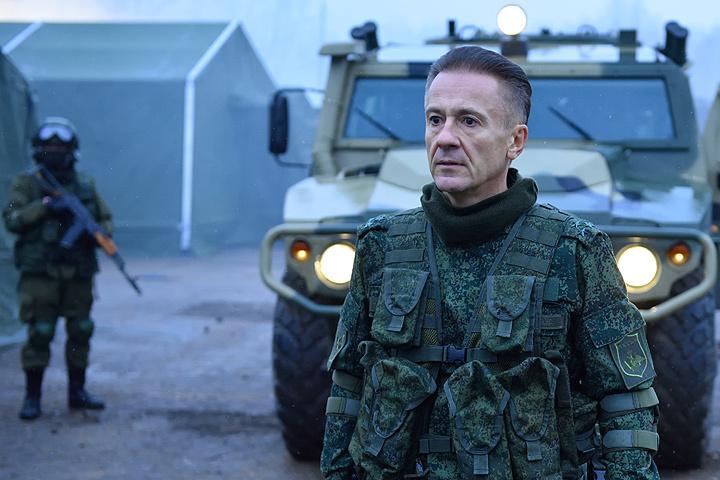Бондарчук переснял несколько сцен «Притяжения» из-за мнения фокус-группы
