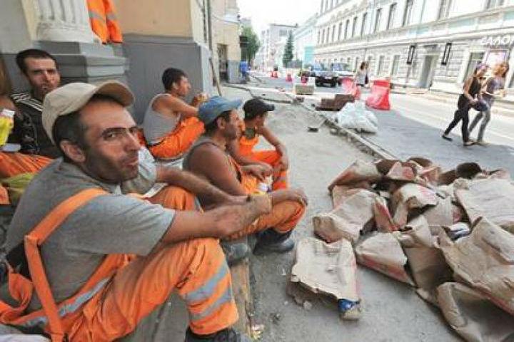 ВПетербург возвращаются мигранты изСНГ