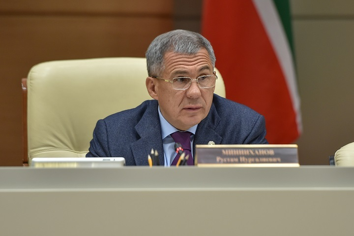 Минниханов поручил силовикам недопустить вывода активов изТатфондбанка