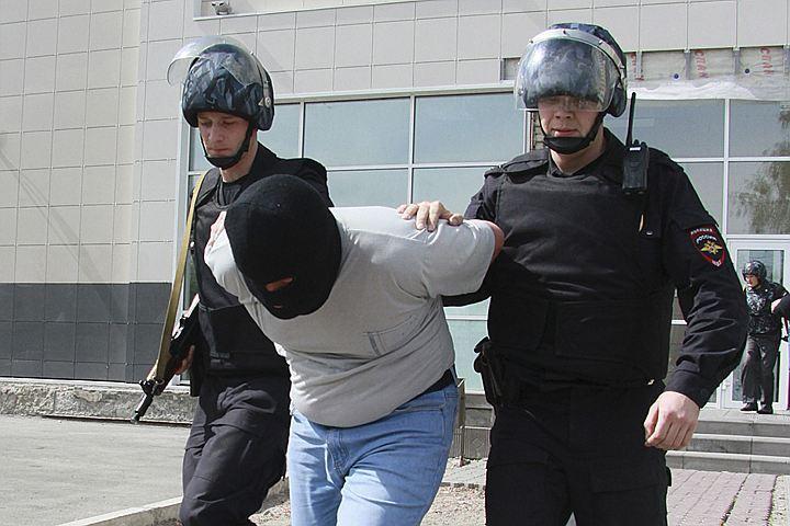 Подозреваемые вограблении ювелирного магазина задержаны навостоке столицы