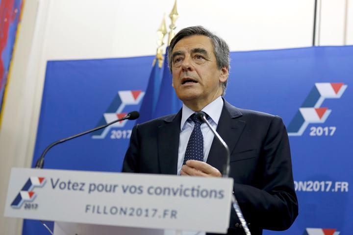 Опрос: 70 процентов французов выступают завыход Фийона изпрезидентской гонки