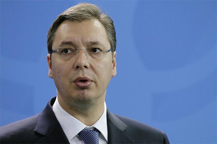 Вучич недопустит вСербии македонского, румынского либо украинского сценариев— Партия