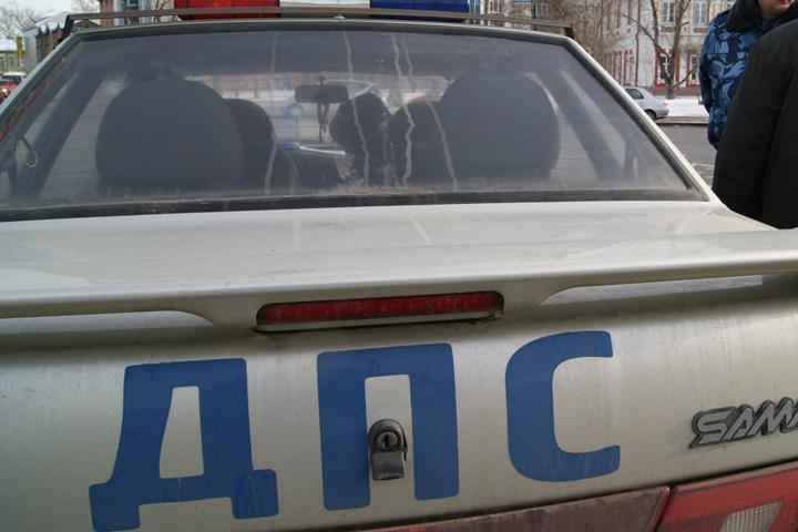 Нелегального таксиста без прав задержали полицейские после погони вИркутске