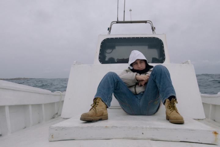 «Золотого медведя» взял документальный фильм итальянского режиссера Джанфранко Рози «Огонь в море» Фото: кадр из фильма