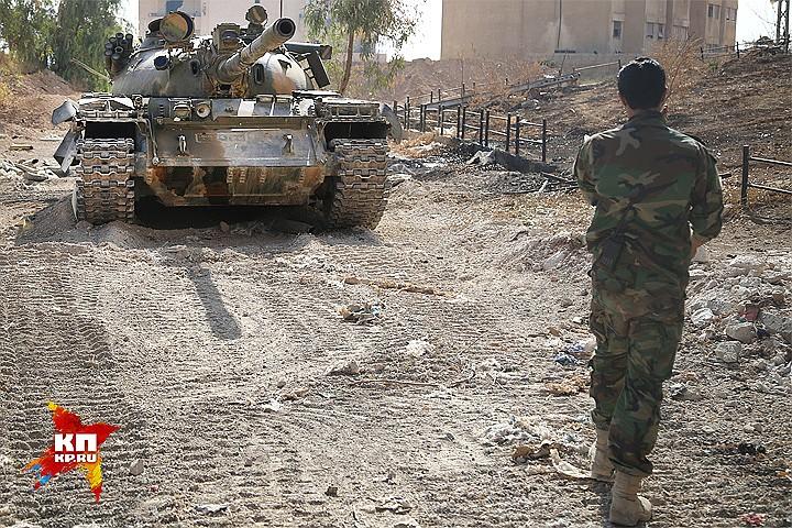 У Сирийской армии появляются свободные ресурсы — техника и войска, которыми она теперь может маневрировать. Фото: Александр КОЦ, Дмитрий СТЕШИН