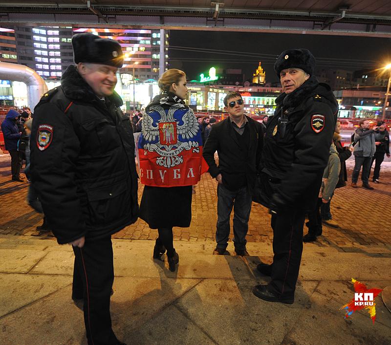 Пикетчикам не удалось сорвать показ фильма Фото: Михаил ФРОЛОВ