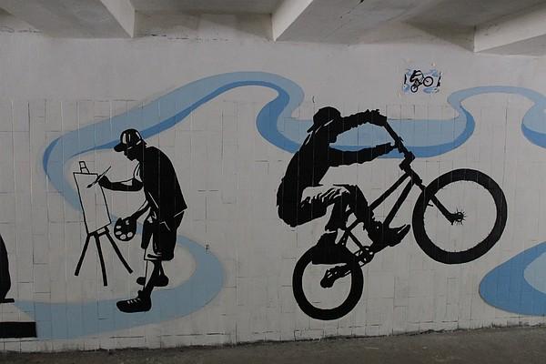 Подземные переходы Симферополя разрисовали графическими рисунками [Фото] фото 2