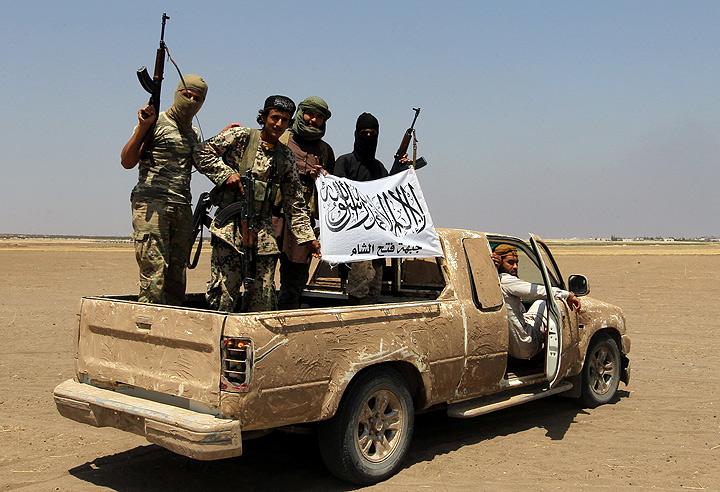 Ответственность за случившееся взяли на себя террористы из группировки «Джейш Аль-Фатх». Фото: REUTERS