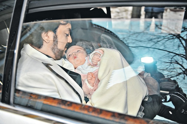 Малышку Аллу-Викторию крестили в апреле