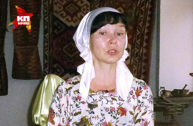 """Алена Стерлигова: """"Я женщина и могу раньше времени выболтать что-то лишнее. Мне только было сказано, что возвращаться в Россию пока нам не стоит."""" Фото: Николай ВАРСЕГОВ"""