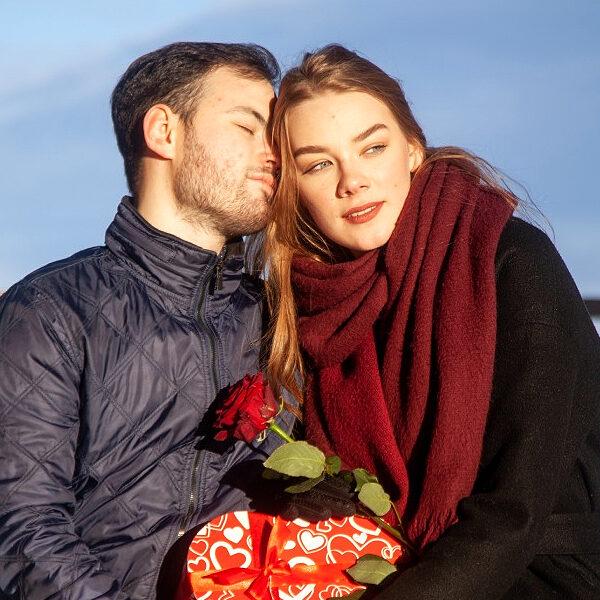 Где отметить День святого Валентина 2021 в Москве: вечеринки, спорт и ночное кино