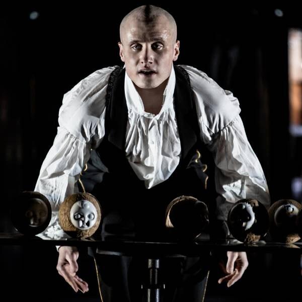 Спектакль «Человек без имени» в Гоголь-центре