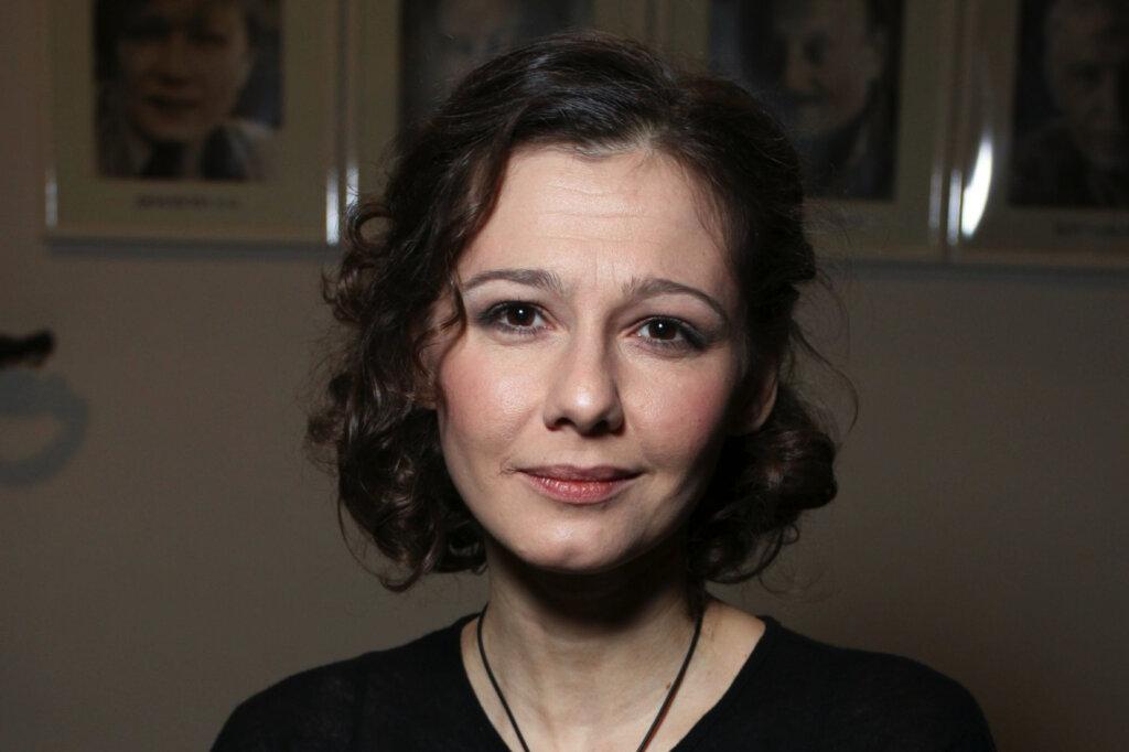 Рассталась с режиссером и вышла замуж за актера на 15 лет младше: Полина Агуреева повторила судьбу своей мамы