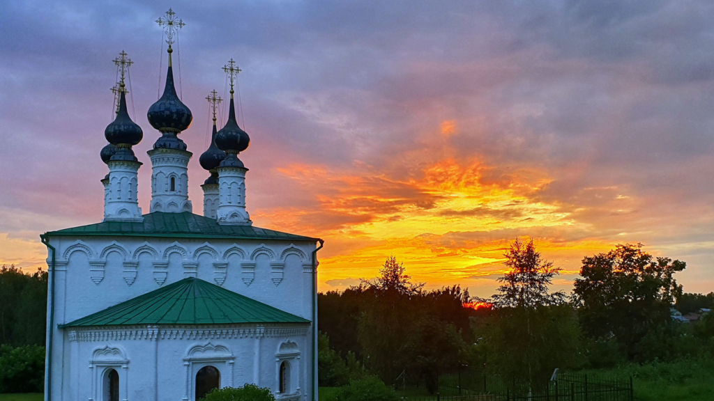 церковь в суздале