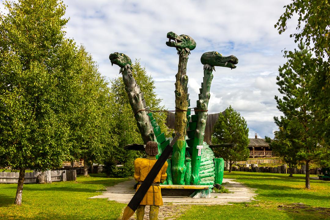 деревянный трехглавый змей горыныч
