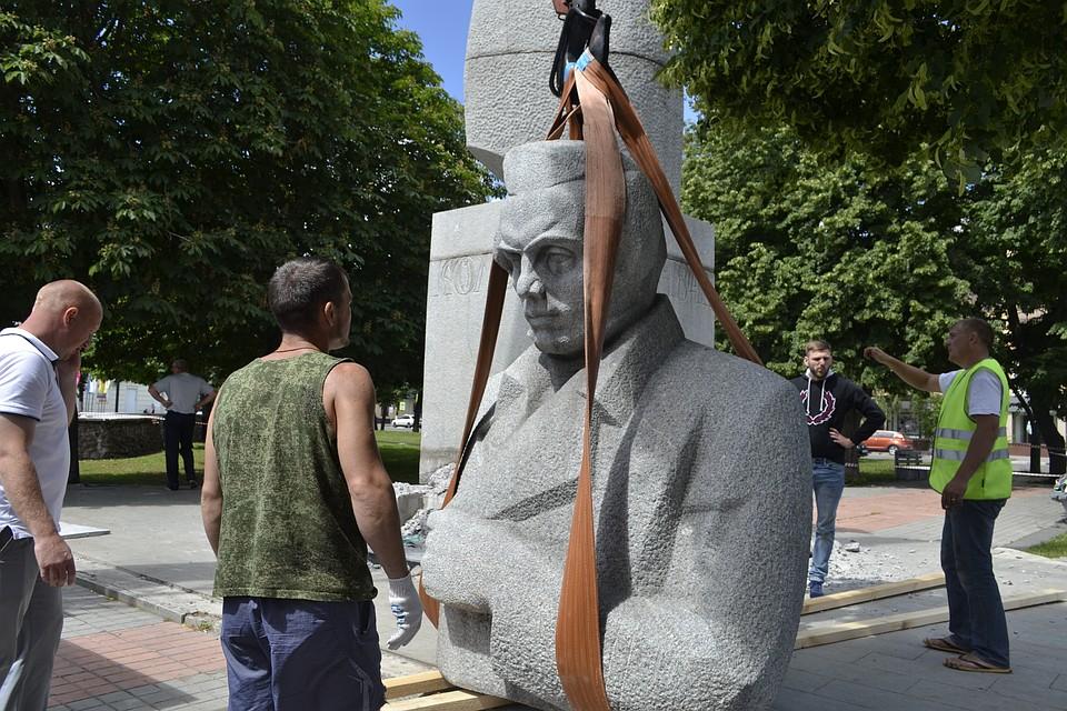 Памятники воронеж цена фото екатеринбург оформление памятники гранитные изготовление