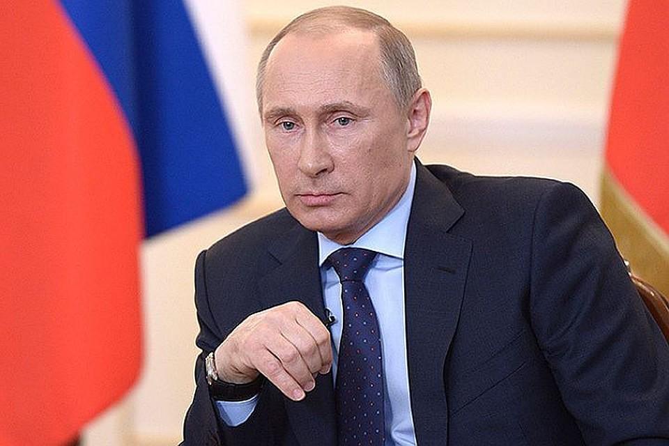 Картинки по запросу Владимир Путин подписал рекордное количество важных законов