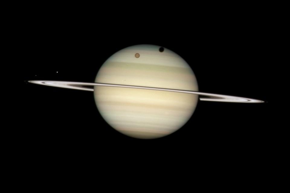 На крупнейшем спутнике Сатурна может жить колония размером со США
