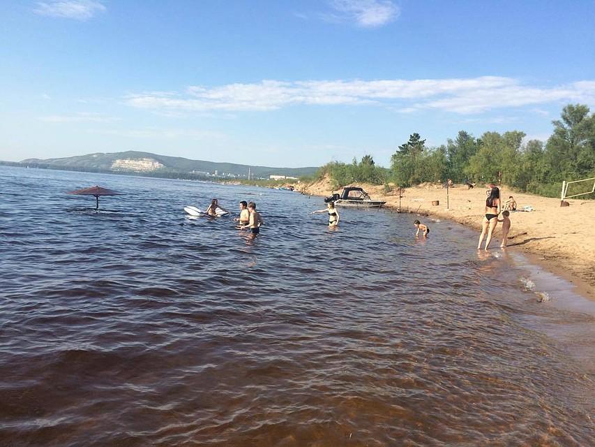 Член торчит из воды — img 15