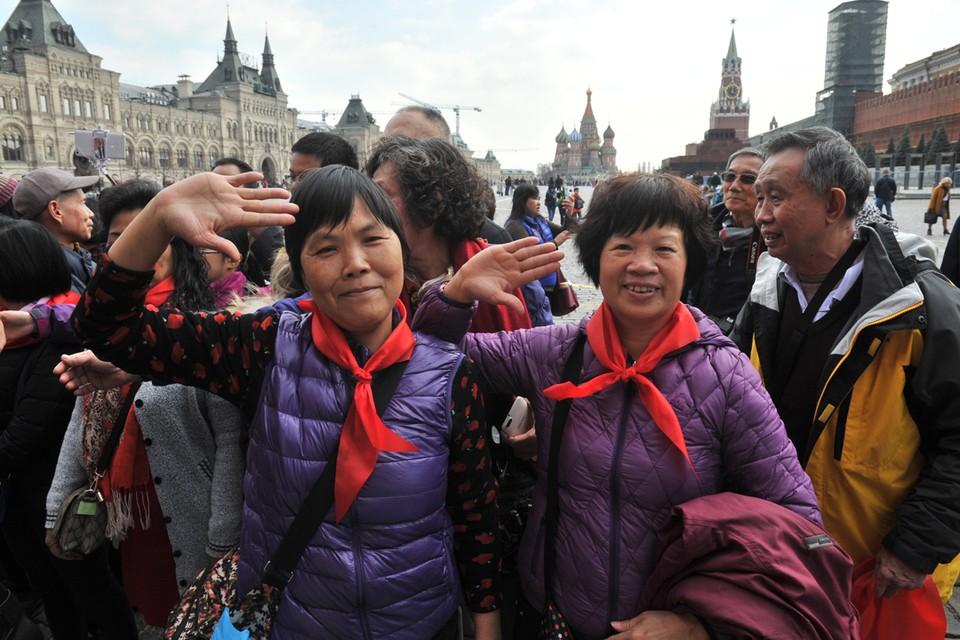 Огромный процент китайцев, приезжающих к нам, не были даже в Пекине.