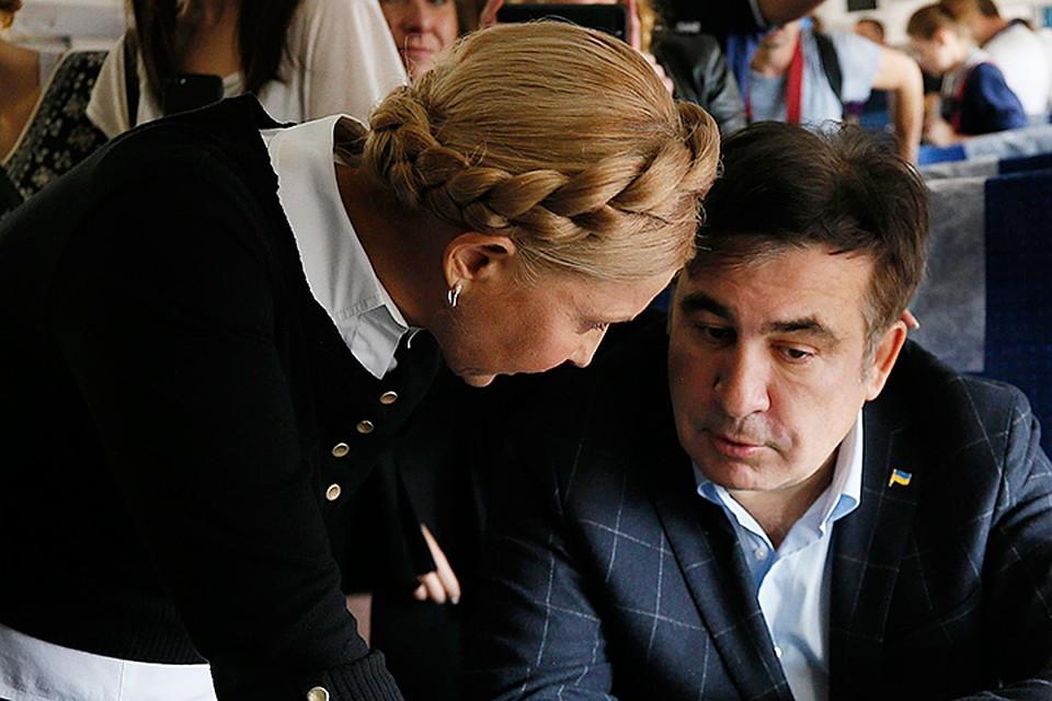 Саакашвили анонсирует тур по Украине, Тимошенко грозит импичментом Порошенко, политологи гадают, чем закончится новое политическое противостояние
