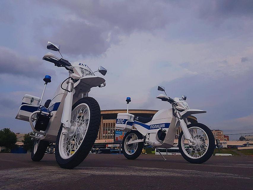 39f38145247e Московских полицейских к ЧМ-2018 пересадят на электромотоциклы ...