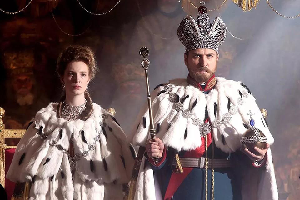 «Матидьда» начинается со сцены коронации