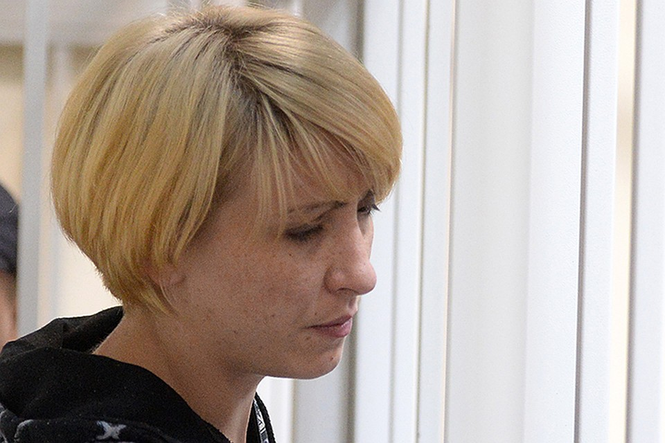 2 женщины лет 30 35 занимались сексом с мальчиком 9 девяти лет