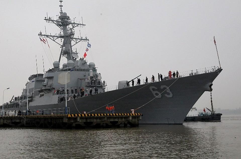 В Черное море вошел второй американский ракетный эсминец