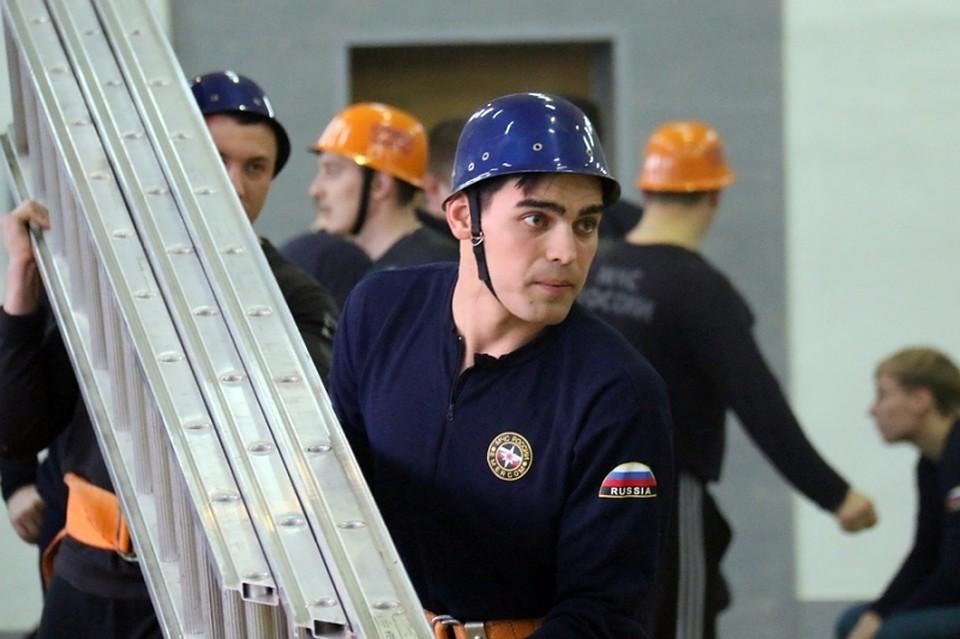 Саратовский пожарный попал в телепроект «Русский ниндзя»
