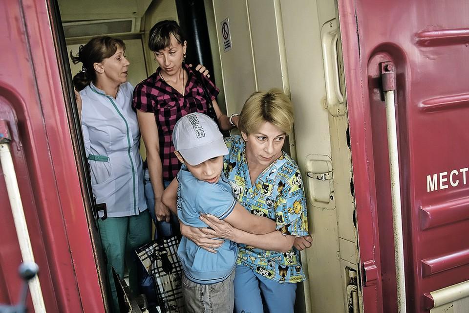 Во время войны в Донбассе Елизавета Глинка вывезла на лечение больше полутысячи больных и раненых детей. Фото: Рамиль СИТДИКОВ/РИА Новости