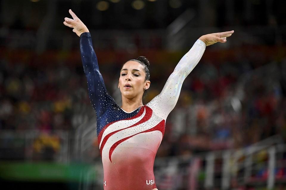 Американская гимнастка Александра (Эли) Райсман