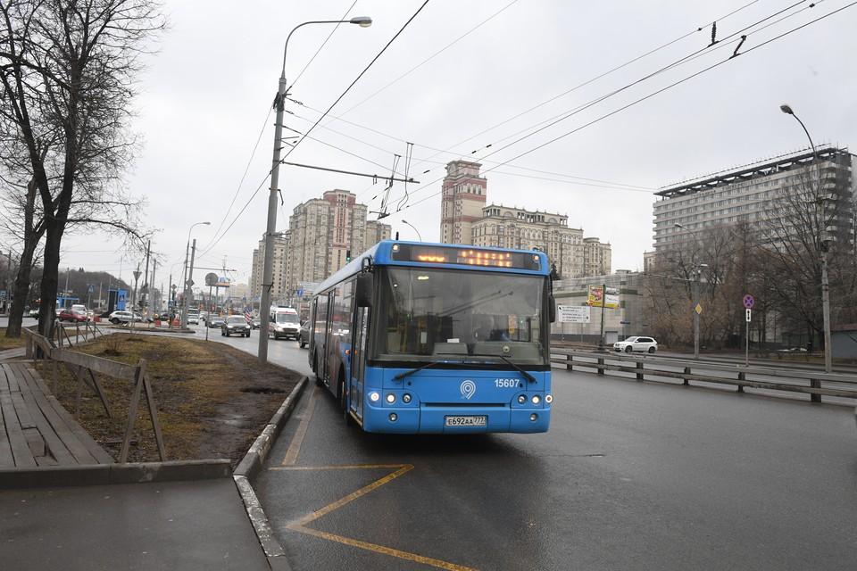 Автобусы МЦ1 работают в экспрессном режиме.