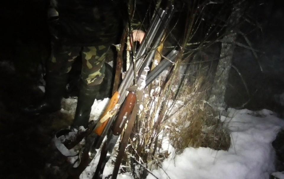 У недобросовестных охотников изъяли ружья и госудостоверения. Фото: gosinspekciya.gov.by.