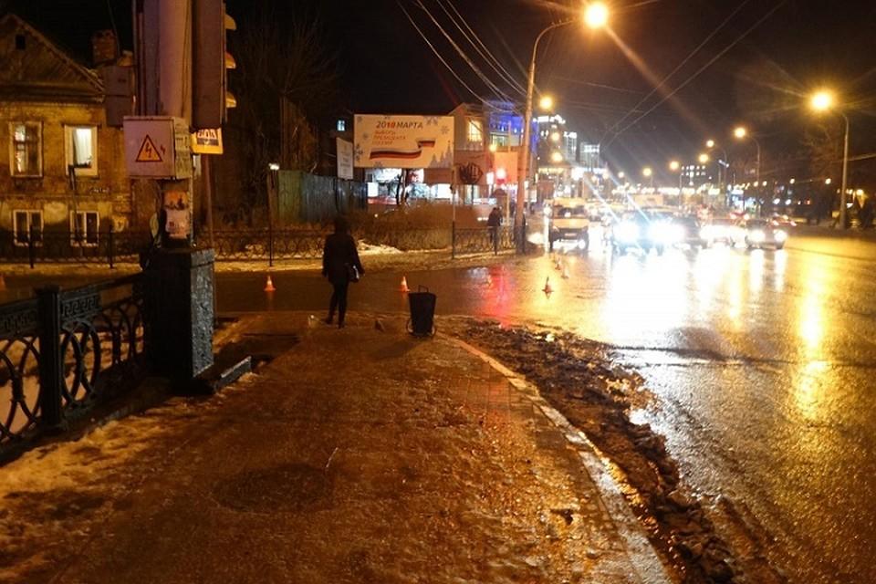 Женщину на ночь Иностранный пер. город в спб эротический урологический массаж