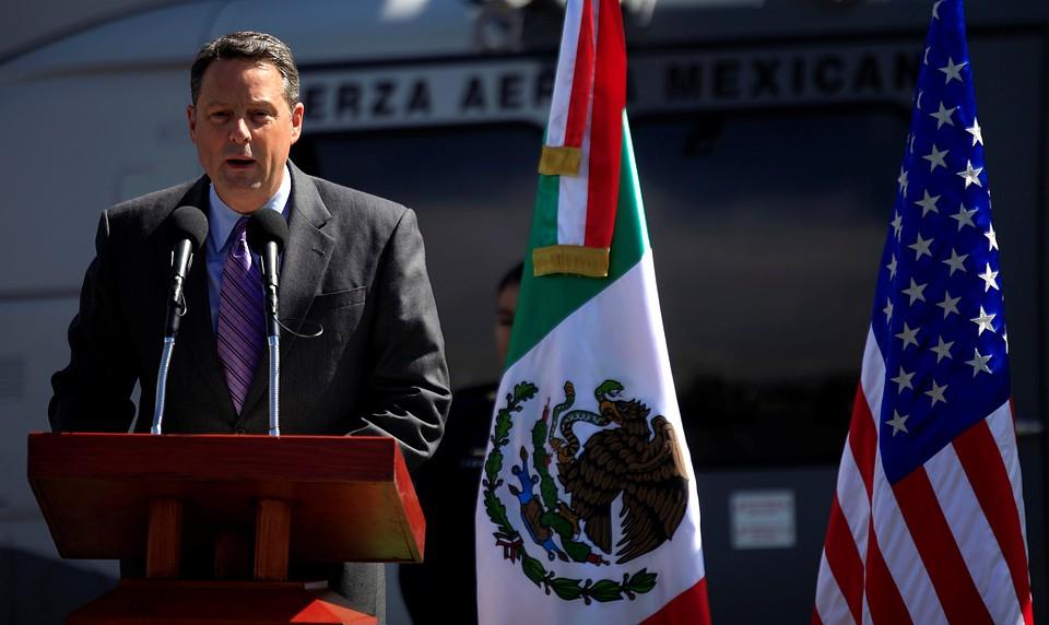 Посол США в Панаме подал в отставку, так как не может больше работать под руководством Трампа