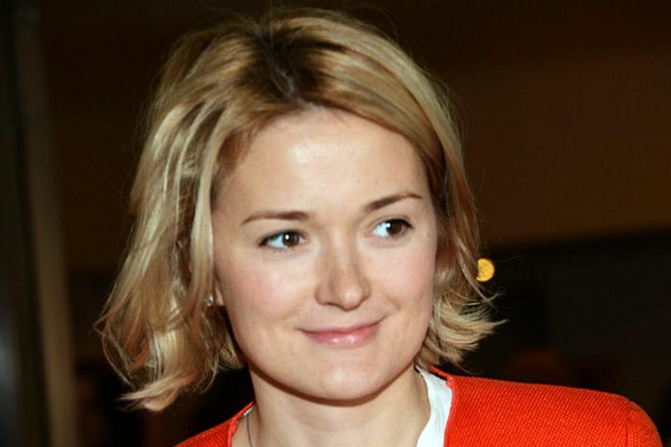 Надежда Михалкова призналась, что несмотря на то, что дочка маленькая, у нее уже проявляется жесткий характер
