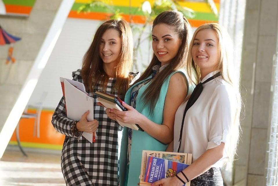 Русские студентки на даче реальное