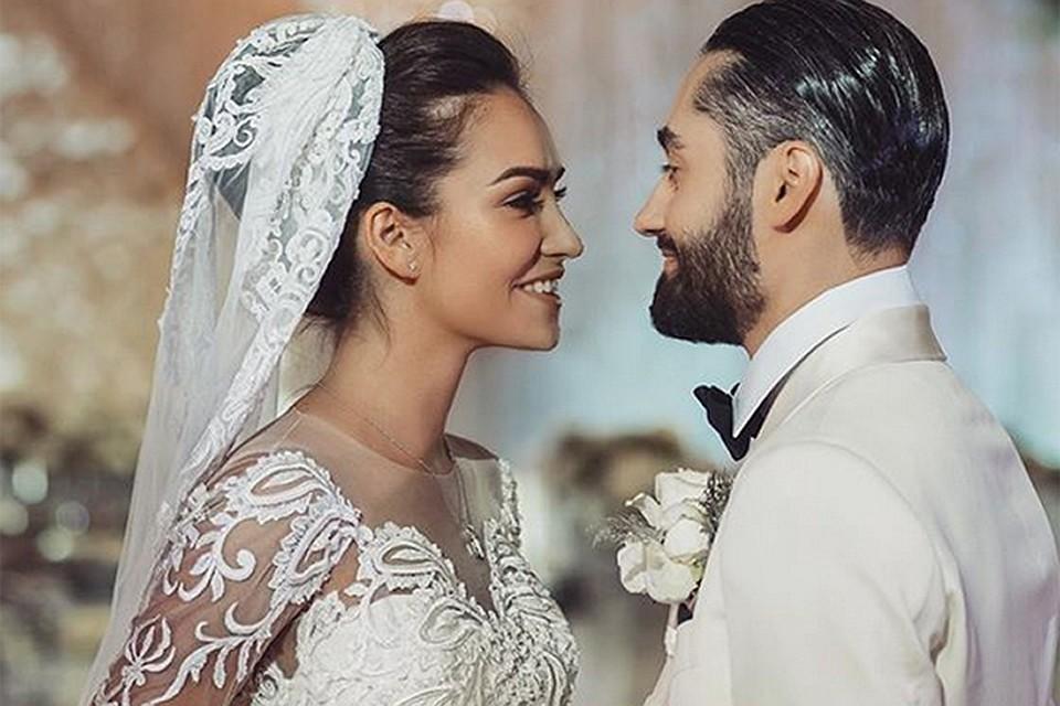 семья свадьба певца мота платье невесты фото еще