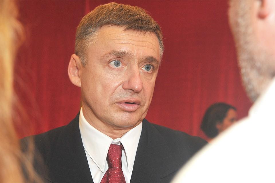 По словам Антона Табакова, к продаже ресторанов его подтолкнули дети.