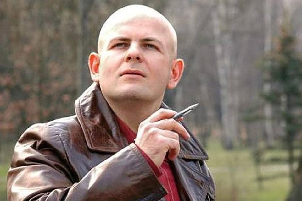 Украинский журналист Олесь Бузина был застрелен днем во дворе собственного дома