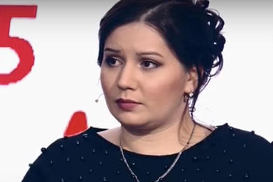 """Валя Исаева в студии передачи """"На самом деле""""."""