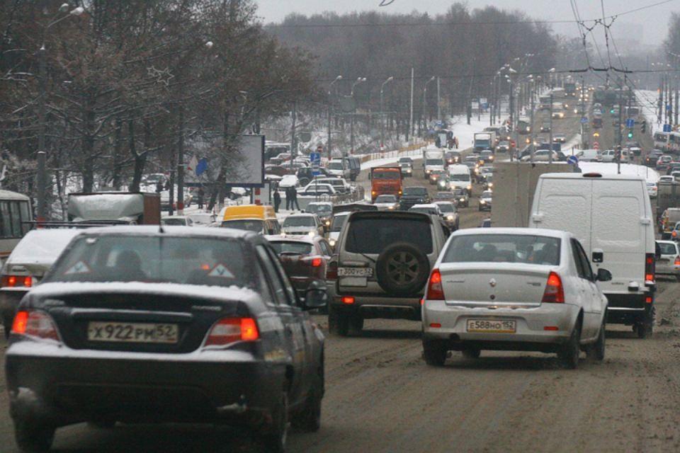 Восьмибалльные пробки сковали Нижний Новгород утром 5 марта