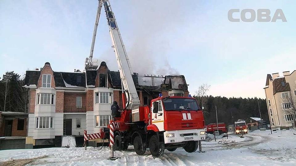 Дом подожгли неизвестные