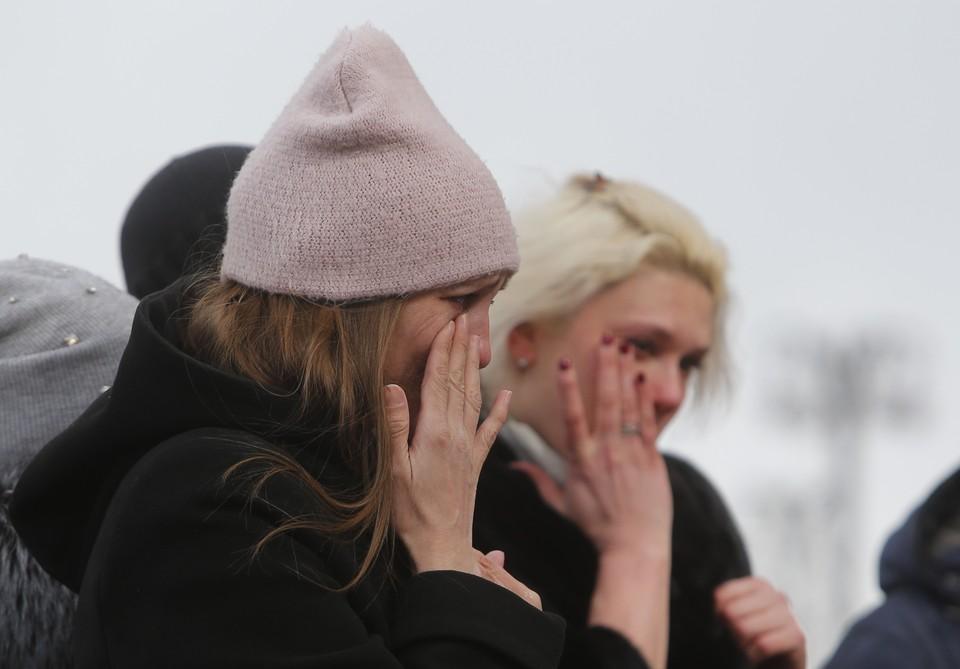 Жертвами страшной трагедии стали 64 человек, в том числе 41 ребенок