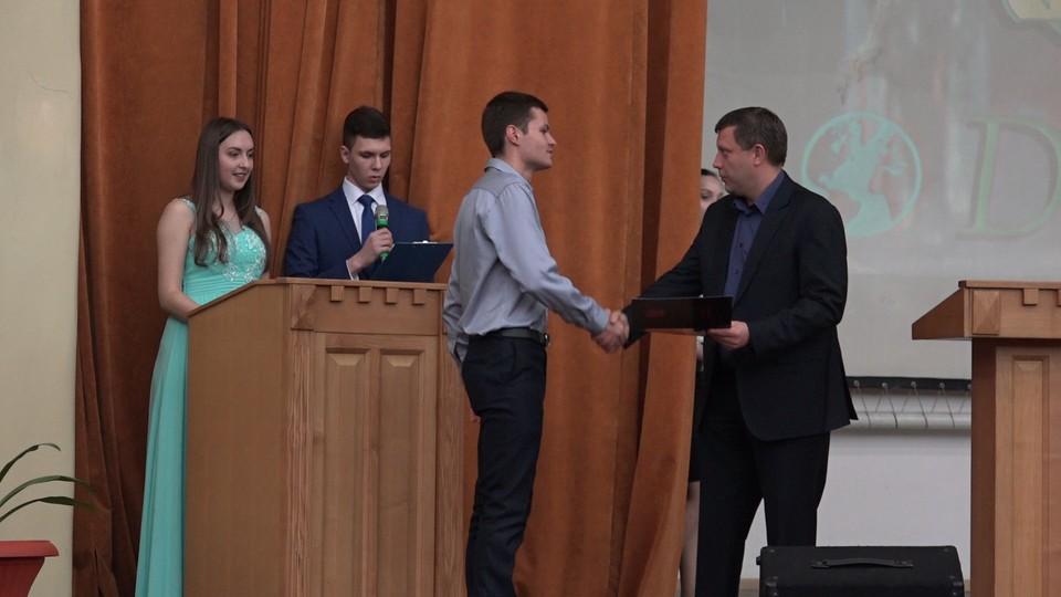 Дипломы российского образца получили 84 выпускника стоматологического и педиатрического факультетов