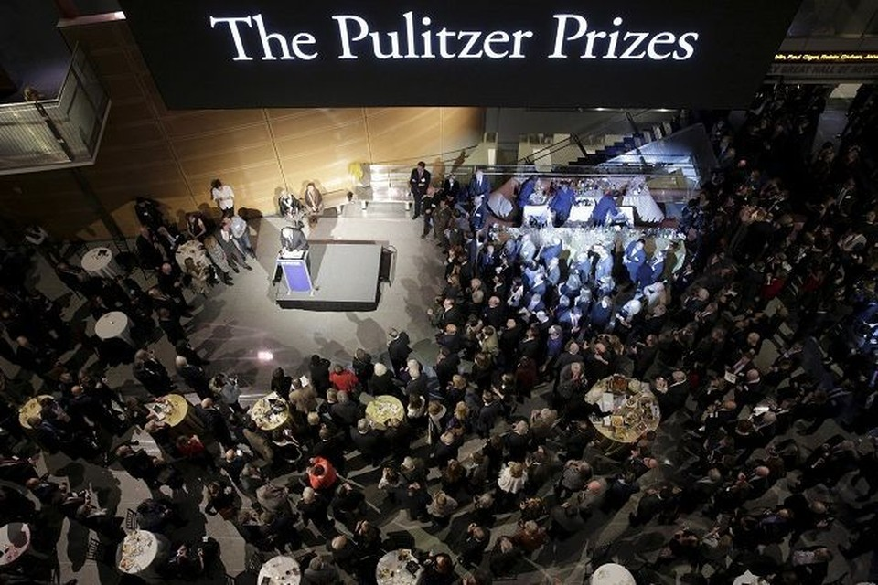 The New York Times и The New Yorker удостоились Пулитцеровской премии за репортажи о домогательства Харви Вайнштейна