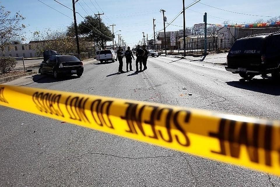 Во время стрельбы школьники спрятались в здании баптистской церкви
