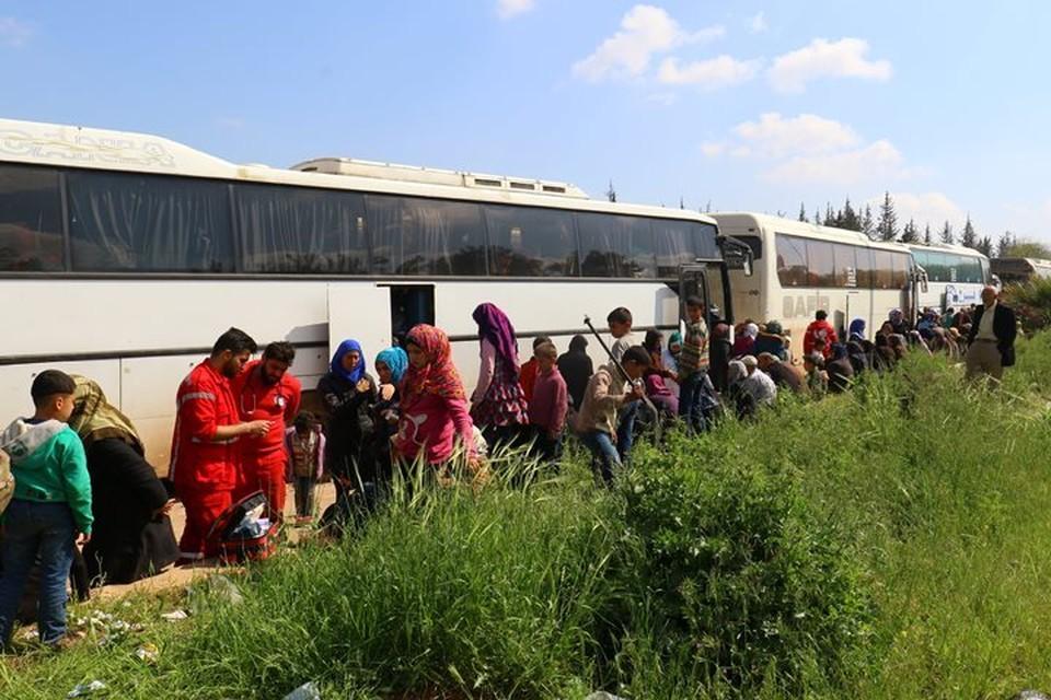 Из района Восточный Каламун провинции Дамаск в Сирии продолжается вывод боевиков